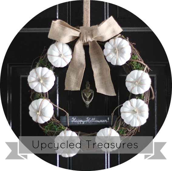 white-pumpkin-wreath-happy-halloween-upcycledtreasures2