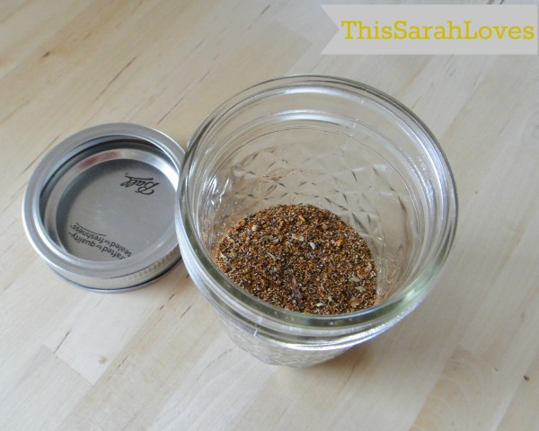 DIY Fajita Seasoning Close-up #thissarahloves