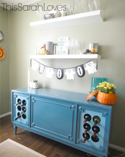 Halloween 2014 - Decorated Wine Shelves